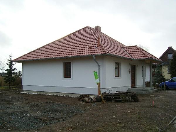 bungalow 84 38 they einfamilienhaus neubau massivbau stein auf stein. Black Bedroom Furniture Sets. Home Design Ideas